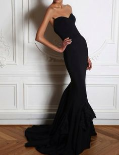 Formfitting, strapless black mermaid gown