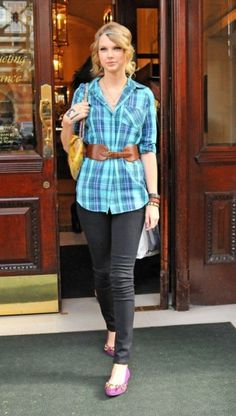 Taylor Swift probily put plaid back in lol kidding