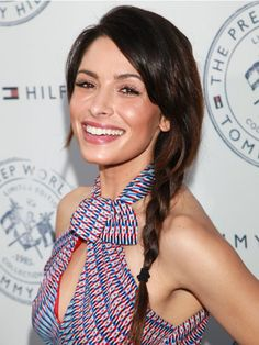 The Classic  The L Word's Sarah Shahi rocks a basic, sexy side style. Simply gather your hair underneath one ear and braid normally.    Read more: Cute Braided Hairstyles - Summer Braids - Cosmopolitan
