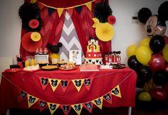 Mesa cumpleaños de Mickey