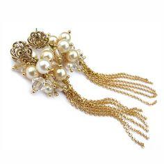 393efdedda8e18 Bajeczne, czarujące złoconymi łańcuszkami oraz koronkowymi sztyftami  kolczyki-gronka ze złoconego srebra próby 925. Anelle - biżuteria ślubna