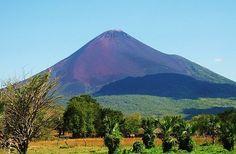 14. Вулкан Момотомбо