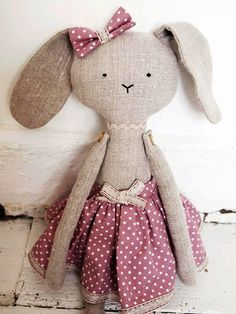Piccola Valentina is 51 cm from head to toes (approx. 20 inches). Her arms are jointed with little wooden heart-shaped buttons and she can stretch them up and down or side to side. She can be balanced to stand or sit She can be spot-cleaned. Due to small parts she is not suitable for