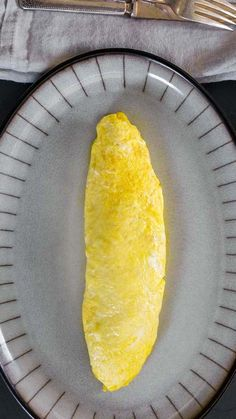 Classic French Omelette by Daniel Boulud My Recipes, Whole Food Recipes, Favorite Recipes, French Omelette, Sweet Paul, 5 Ingredient Recipes, Breakfast Quiche, Restaurant Dishes, Omelettes