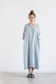 Washed maxi linen KIMONO tunic in ice blue/silver grey.