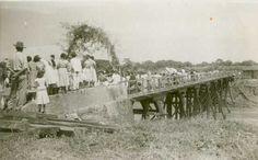 Ponte sobre o Rio Preto (195-), Unaí MG. Autor Desconhecido Acervo Memorial Cultural Unaí