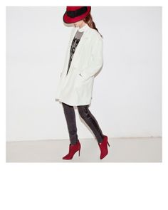 Red hat, red lips, oversize coat, slim fit jeans, red ankle boots #vanityview.com blog