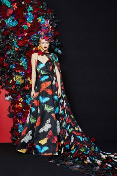 Alice + Olivia Fall 2019 Ready-to-Wear Fashion Show Collection: See the complete Alice + Olivia Fall 2019 Ready-to-Wear collection. Look 3