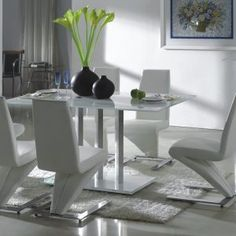 White Glass Dining Room Table And Chairs