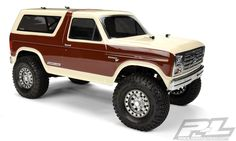 Pro-Line 1981 Ford Bronco Clear Body For Wheelbase Scale Crawlers - RC Car Action Old Ford Bronco, New Bronco, Bronco Truck, Rc Trucks, Custom Trucks, Pickup Trucks, Custom Cars, Bronco Concept, Rc Drift Cars