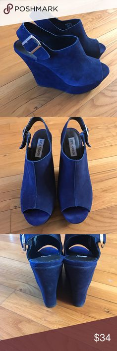 Steve Madden Suede Peep toe wedges Purple Suede peep toe wedges. In good used condition. Has some toe prints inside ( pictured). Super cute!! Steve Madden Shoes Wedges