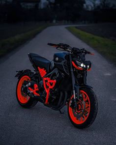 Moto Ktm, Moto Bike, Motorcycle Bike, Ktm Dirt Bikes, Yamaha Bikes, Stunt Bike, Mt 09 Yamaha, Fz Bike, Diavel Ducati