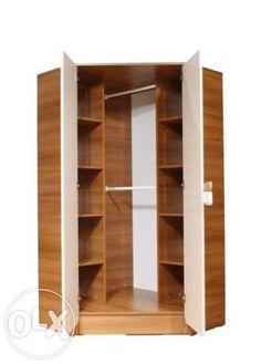 aranżacja wnętrza narożnej szafy