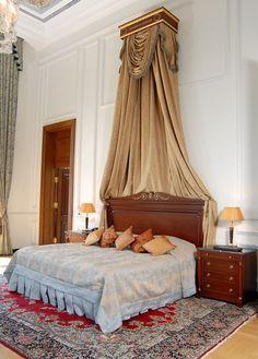 Ciragan Palace Kempinski, King suite , Bedroom, Hotel Room  / Istanbul,Turkey