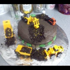 """Ryder's """"Gold Rush"""" cake for his TN party"""