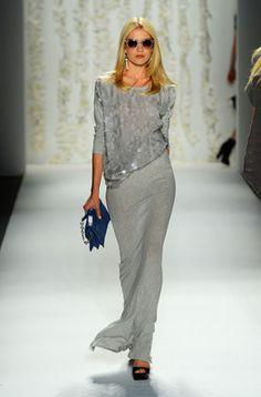 Grey glitter top & mouse grey maxi skirt / dress, Rachel Zoë | Activa - Desfiles