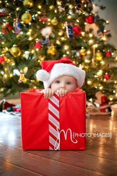 Santa hat baby in gift box - holiday phot ideas