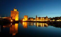 la rochelle france at night, 2006 Location La Rochelle, Amsterdam, Carcassonne, Belle Villa, Tower Bridge, New York Skyline, Tours, Saint Nicolas, Places