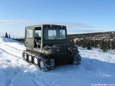 this is a VERY nice hardtop for homemade. Argo Atv, Crawler Tractor, Snowmobiles, Flat Tire, Land Rovers, Ice Fishing, Go Kart, Argos, Military Vehicles