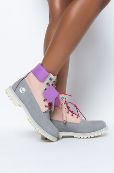 Grey Timberland Boots, Timberland Classic, Flat Boots, Thigh High Boots, Timberland Premium, Heels Outfits, Your Shoes, Cute Shoes