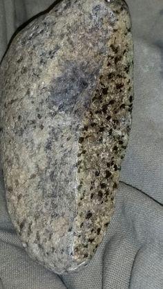 Minerals And Gemstones, Rocks And Minerals, Lunar Meteorite, Indian Artifacts, Antique Perfume Bottles, Amethyst Geode, Stony, Rocks And Gems, Gem Stones