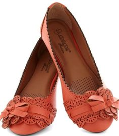 So im not into to wearing bright shoes but these r cute. It would be even better in brown or black.