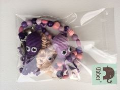 Hæklet barnevognskæde med lilla blæksprutter #Obber