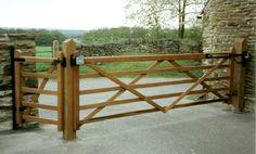 Somerset Field Gate - Driveway gate + side entrance gate