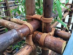 Vietnamese Contractor at Tokyo Exhibicion 2015 Bamboo Art, Bamboo Crafts, Bamboo Fence, Bamboo Architecture, Sustainable Architecture, Bamboo Building, Diy Garden Fountains, Bamboo Structure, Bamboo Construction