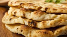 Indian Cooking Tips: How To Make Naan Without Yeast At Home (Recipe Video) How To Make Naan, Indian Bread Recipes, Indian Breads, Quiche Lorraine, Home Baking, Easy Bread, Home Recipes, Recipe Using, Recipe Recipe
