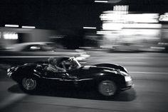 Steve McQueen © John Dominis - Sunset Boulevard de Hollywood, 1963