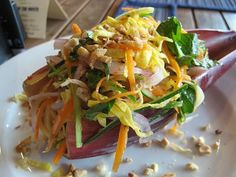 Banana Flower Salad: my cousin Nancy had this salad in Vietnam and we just loved it. I can not find it here in New York. Banana Blossom, Banana Flower, Vietnamese Recipes, Vietnamese Food, Food Challenge, Vegan Recipes, Delicious Recipes, Spice Things Up, Seafood