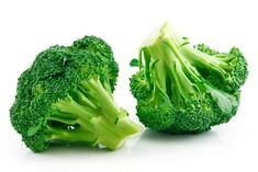 How to cook broccoli? Cooking Fresh Broccoli, How To Cook Broccoli, Raw Broccoli, Frozen Broccoli, Blanching Broccoli, Diet Recipes, Healthy Recipes, Ayurvedic Herbs, Can Dogs Eat