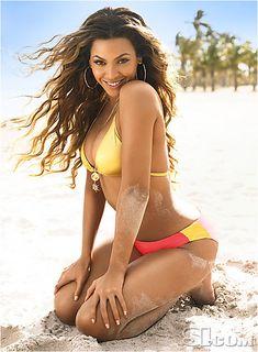 SI.com - 2007 Swimsuit - Beyoncé