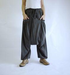 PLUS SIZE - Boho Gypsy Funky Hippie Ninja Harem Stylish Casual Light Weight Dark Charcoal Grey Stretch Cotton Men Women Pants - P011 von BeyondCloset auf Etsy https://www.etsy.com/de/listing/245031616/plus-size-boho-gypsy-funky-hippie-ninja