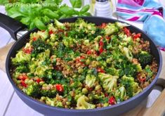 Kaszotto z warzywami Guacamole, Sprouts, Good Food, Pizza, Vegetables, Eat, Cooking, Ethnic Recipes, Kitchen