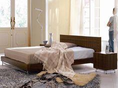 contemporary  italian wooden bed design