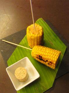 Panotxa de moresc amb mantega d'espècies Portal, Dairy, Restaurant, Cheese, Vegetables, Food, Gastronomia, Restaurants, Veggie Food