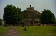 Great Stupa, Sanchi, India, 3rd century B.C.E. to first century C.E. (Photo: R Barraez D´Lucca)