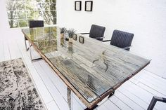 The strikingly recycled teak, characterized by decades of struggles with nature and weather, makes t Design Tisch, Table Design, Home Furniture, Outdoor Furniture Sets, Outdoor Decor, Grande Table A Manger, Inside Design, Teak Wood, Home Furnishings