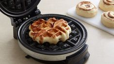 Try making cinnamon rolls with your waffle iron! Weekend breakfast will never be the same. Breakfast Items, Sweet Breakfast, Breakfast Dishes, Breakfast Recipes, Breakfast Cupcakes, Cinnamon Roll Waffles, Pancakes And Waffles, Cinnamon Rolls, Waffle Iron Recipes