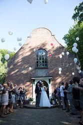 Nederlands Openluchtmuseum, het Zeeuwsekerkje is een officiële trouwlocatie.