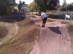 . Dirt Bike Track, Rc Track, Bmx Dirt, Mtb Trails, Mountain Bike Trails, Dirt Jumper, Ninja, Pit Bike, Landscape Architecture Design