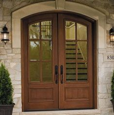 Wood replacement entry doors from your local Pella Showroom are elegant and come in a variety of styles to compliment virtually any home. Fiberglass Entry Doors, Wood Entry Doors, Sliding Patio Doors, Pella Doors, Pella Windows, Double Front Doors, Front Entry, French Doors Patio, Door Steps