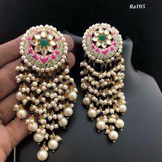 Ideas for jewerly simple bracelets jewels Indian Jewelry Earrings, Jewelry Design Earrings, Indian Wedding Jewelry, Royal Jewelry, Gold Jewellery Design, Gold Jewelry, Jewellery Box, Silver Earrings, Tikka Jewelry