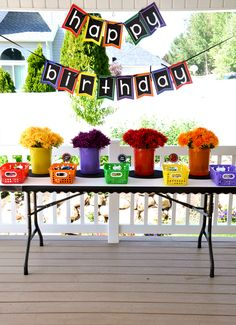Totally delightful Crayon party from @Lindi - Love The Day!  cute for teacher party too
