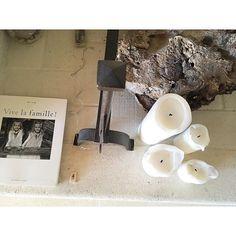 L'esprit de la maison, au coin du feu ⭐️ #lamaisondechabrette #provence #holidays #holiday #vacances #vacancesenfamille #myprovence #instaprovence #interior #instadeco #pinterest #summertime #provencefrance #trip #traveltheworld #photostyle #homestyle #homedecor #home #interiordecorating #sud #cotesud #vaucluse #vauclusehouse #soleil #vakantie #maisondhotes #lovemyhome #