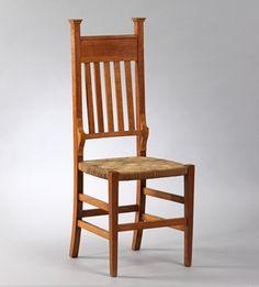 Cadira. c. 1915. Atribuïda a Lluís Domènech i Montaner. Fusta i vímet. Donació de Frédéric d'Oultremont, 2007