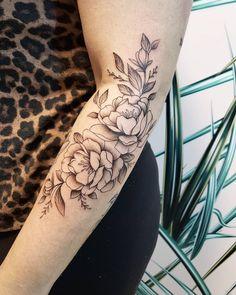 Custom floral design created by Vancouver tattoo artist Jamie Kan Vancouver Tattoo Artists, Peonies Tattoo, Tattoo Studio, Blackwork, Sleeve Tattoos, Tattoos For Women, Tattoo Quotes, Floral Design, Tattoo Ideas