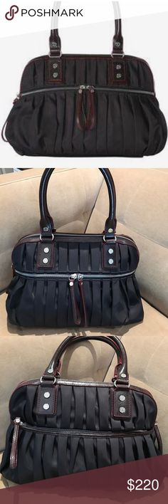 b5e0d03c71 46 Best Nothing like a good handbag! images